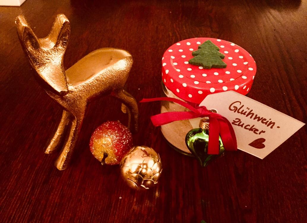 geschenke aus der k che zu weihnachten gl hweinzucker elly s do it yourself. Black Bedroom Furniture Sets. Home Design Ideas